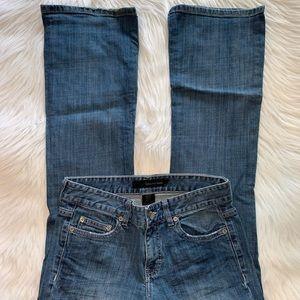 Calvin Klein size 27/4  bootcut jeans A14